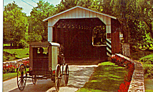 Covered Bridge and Amish Buggy Postcard p28909 (Image1)