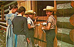 Amish Boys and Girls enjoying a Treat p28980 (Image1)