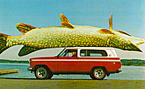The Big Fish on Top of a SUV p29055 (Image1)
