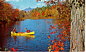 Canoeing on an Autumn Day Postcard p30776 (Image1)