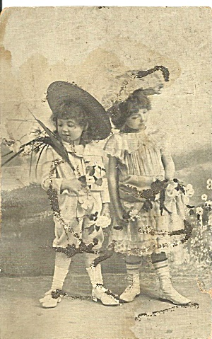 Two Young Girls In Ethnic Oriental Dress P31296