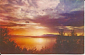 Sunsets in Alaska Postcard p31641 (Image1)