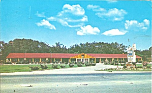 Strongsville OH  La Siesta Motel Postcard p32210 (Image1)