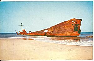 Cape Hatteras NC Shipwreck on Shore p32592 (Image1)