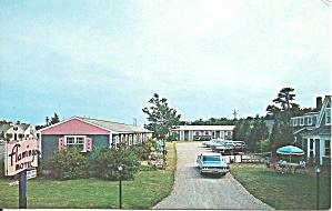 Dennisport MA Flamingo Motel Postcard p33299 (Image1)