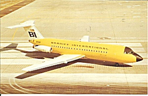 Braniff Airways  BAC-111-203AE in Pastel Yellow p33393 (Image1)