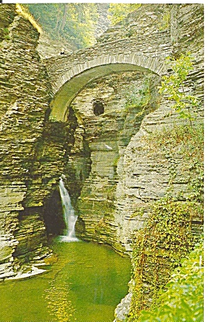 Watkins Glen Ny Sentry Bridge Cascade Entrance P33443