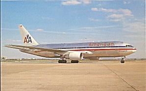 American Airlines 767-223ER N319AA postcard p33631 (Image1)