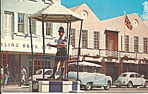 Hamilton Bermuda Policeman On Duty P34405