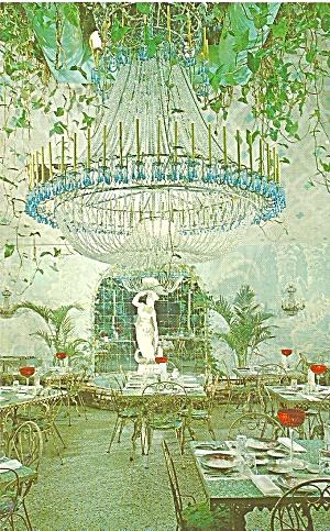 Kapok Tree Inn Florida Chandelier Room p35006 (Image1)