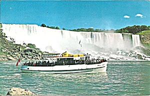 Maid of The Mist at Niagara Falls p35125 (Image1)