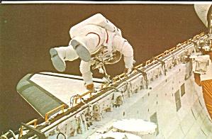 Shuttle Challenger F Story Musgrave EVA p35367 (Image1)