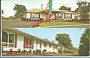 Bangor ME Whitcomb s Motel Cabins postcard p35556 (Image1)