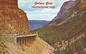 Yellowstone National Park WY Golden Gate postcard p35694 (Image1)