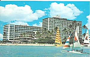 Wakiki HI The Reef Hotel postcard p35774 (Image1)
