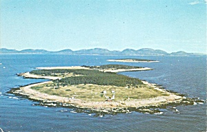 Great Duck Island ME  Red Light  Postcard p35855 1966 (Image1)
