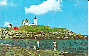 York Beach ME Cape Neddick Light postcard p35867 (Image1)
