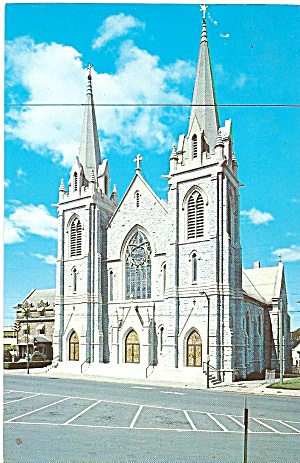 Utica NY Holy Trinity Catholic Church postcard p36081 (Image1)
