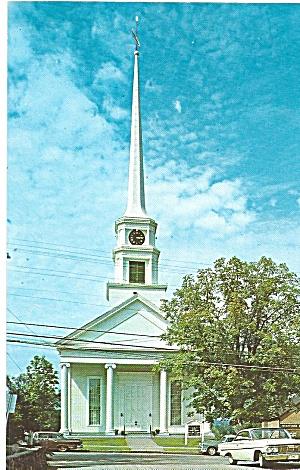 Stowe VT Stowe Community Church postcard p36082 (Image1)