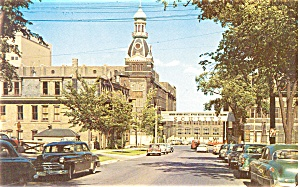 Schlitz Brewery Wisconsin Postcard Cars 40s (Image1)