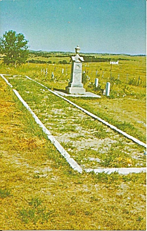 Wounded Knee SD Grave Monument Erected by Indians p36822 (Image1)