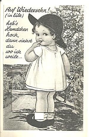 Little Girl on a German Novelty Postcard p36978 (Image1)