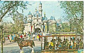 Disneyland Sleeping Beauty Castle P37612
