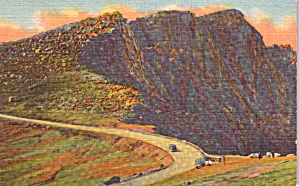 Pikes Peak Auto Highway CO Bottomless Pit Postcard p37929 (Image1)