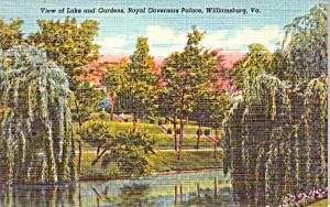 Williamsburg VA Governor s Palace Lake Gardens Postcard p37947 (Image1)