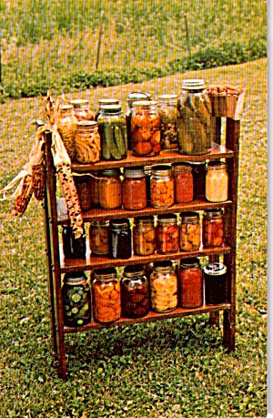 Amish Canning Of Harvest Display P38088