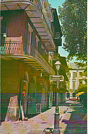 New Orleans Louisiana Prate And Cabildo Alley P39936