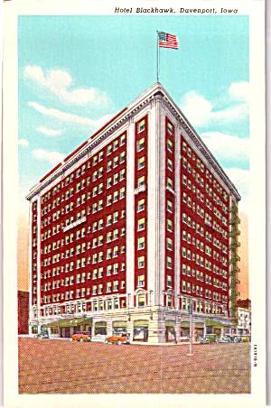 Davenport Iowa Hotel Blackhawk Postcard p40057 (Image1)