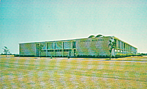 University of New Orleans Science Building Postcard P40441 (Image1)