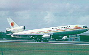 National Airlines DC-10 Postcard P40530 (Image1)