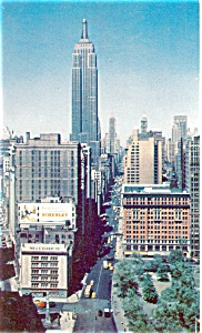 Empire State Building Street View New York City Postcard p4462 (Image1)