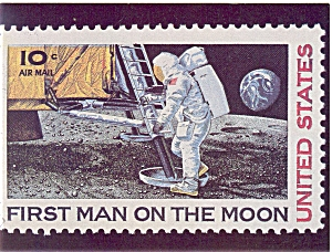 First Man on the Moon Stamp Postcard p4680 (Image1)