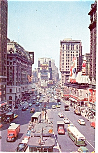 New York City Times Square Postcard p5338 1961 (Image1)