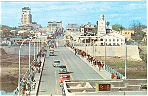 Laredo TX International Bridge Postcard p6205 (Image1)