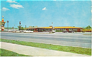 Charleston SC Holiday Inn Postcard p6456 Vintage Cars (Image1)