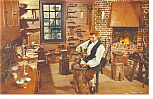 Williamsburg,VA, The Golden Ball Postcard (Image1)