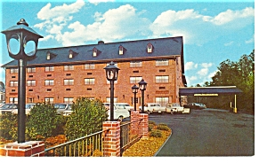 East Williamsburg Va Holiday Inn Postcard P6555