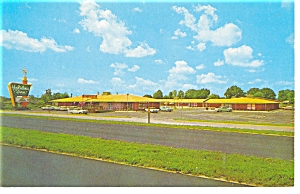 Fayetteville NC Holiday Inn Postcard p6637 (Image1)