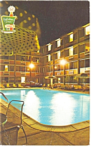 Poughkeepsie, NY, The Holiday Inn Postcard (Image1)
