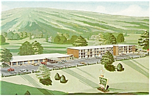 Salem VA Holiday Inn  Postcard p6962 (Image1)