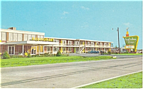 Rocky Mount NC Holiday Inn   Postcard p6969 (Image1)