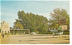 New Glasgow Nova Scotia Copper Kettle Postcard p7108 (Image1)