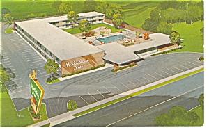 Appleton WI  The Holiday Inn Postcard p7178 (Image1)