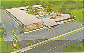 Lancaster Oh The Holiday Inn Postcard P7179