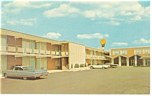 Richmond, VA, Quality Motel Intown Postcard Old Cars (Image1)