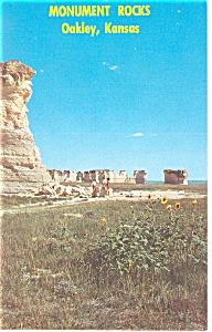 Monument Rocks Near Oakley KS Postcard p7821 (Image1)
